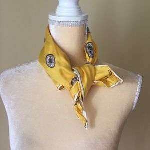 Accessories - Yellow scarf vintage GUC